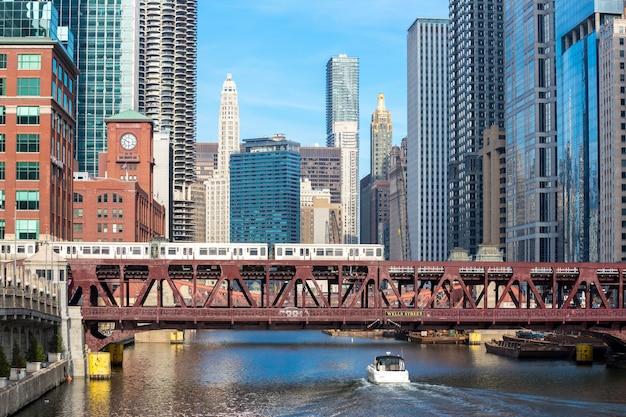 Centre-ville de chicago et rivière