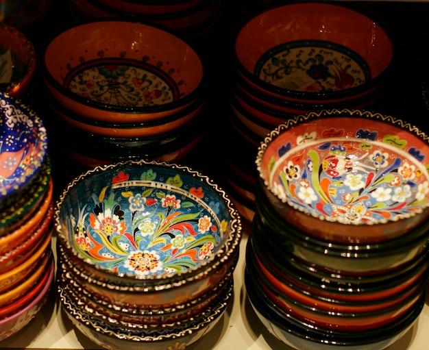 Céramique turque classique sur le marché