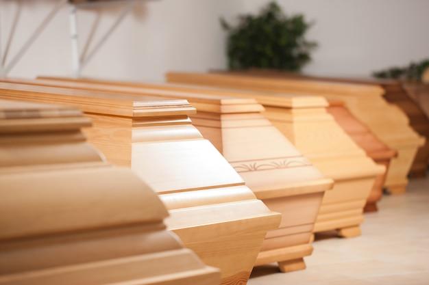 Cercueils dans une pharmacie
