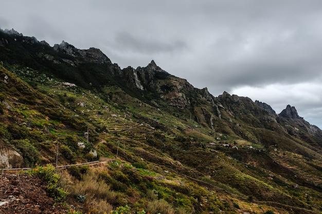 Chaîne de montagnes dans le parc national d'anaga