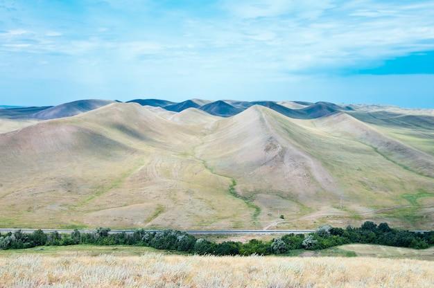 Chaîne de montagnes, vue d'en haut