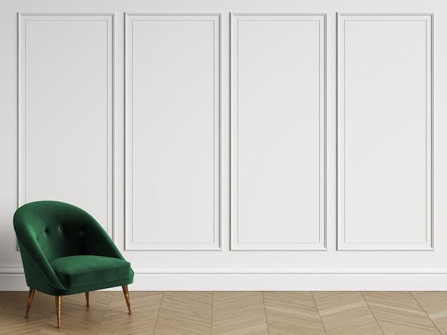 Chaise classique dans un intérieur classique avec espace copie. murs blancs avec moulures. parquet au sol à chevrons. rendu 3d