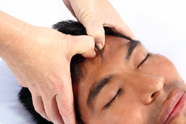 Chakras troisième massage des yeux thérapie maya antique