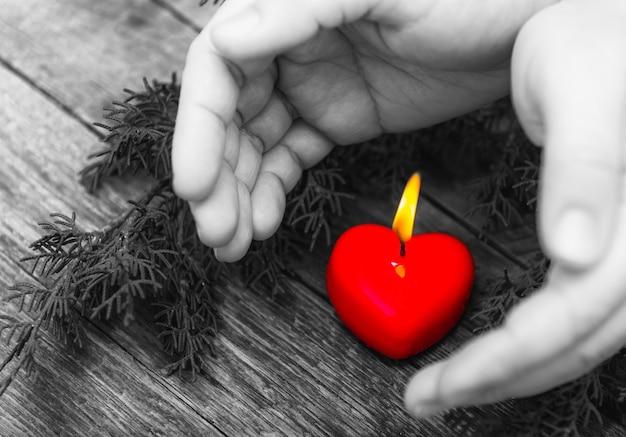 La chaleur du cœur brûlant
