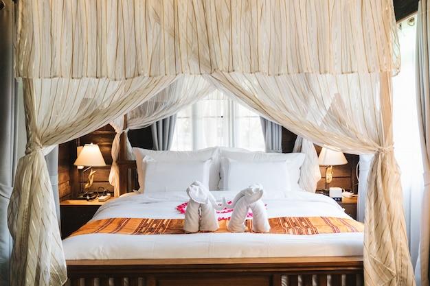 Chambre à coucher dans un style traditionnel thaïlandais