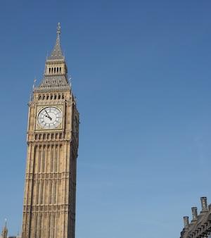 Chambres du parlement aka palais de westminster à londres, royaume-uni