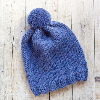 Chapeau de laine bleu