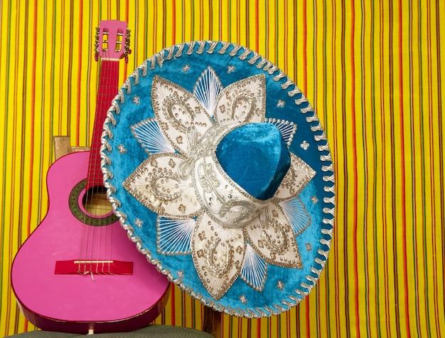 Chapeau mexicain de broderie mariachi, guitare rose