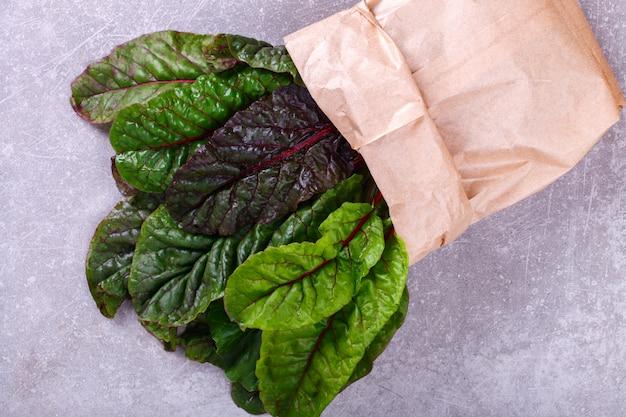 Chard swiss fresh vert et rouge