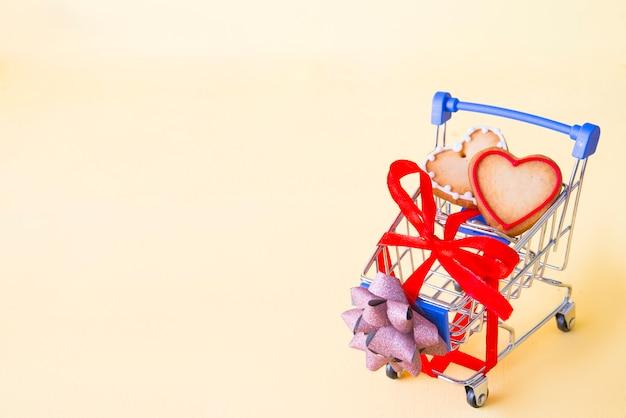Chariot de shooping pour la saint-valentin