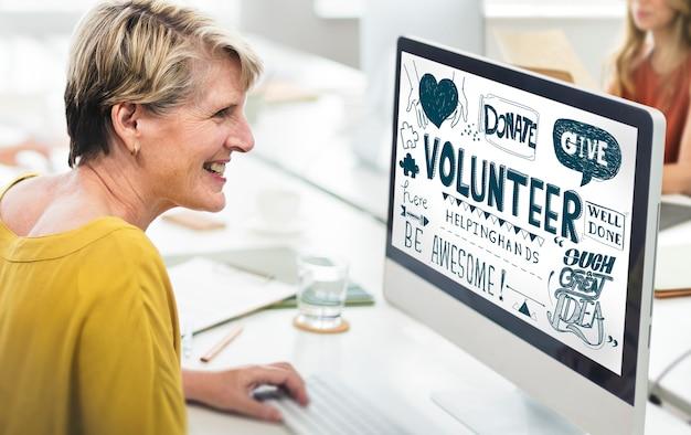 La charité des bénévoles aidant les mains à donner concept