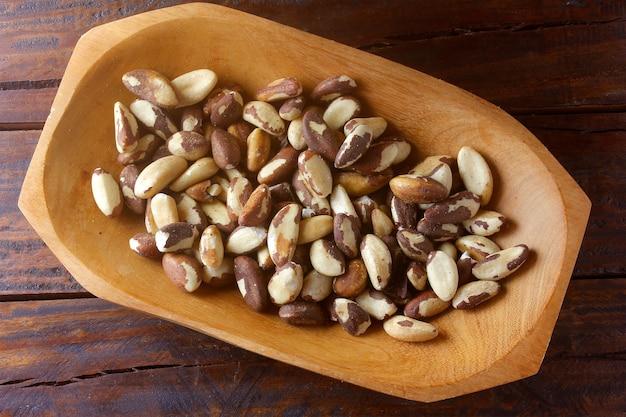Châtaignes de para ou noix du brésil, en portugais. castanha-do-para
