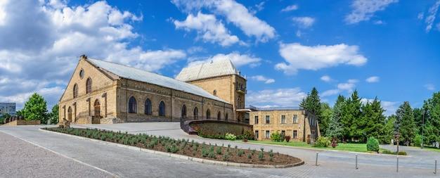Château du vignoble prince trubetskoy dans la région de kherson