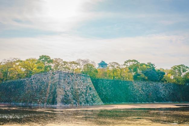 Château d'osaka à osaka au japon