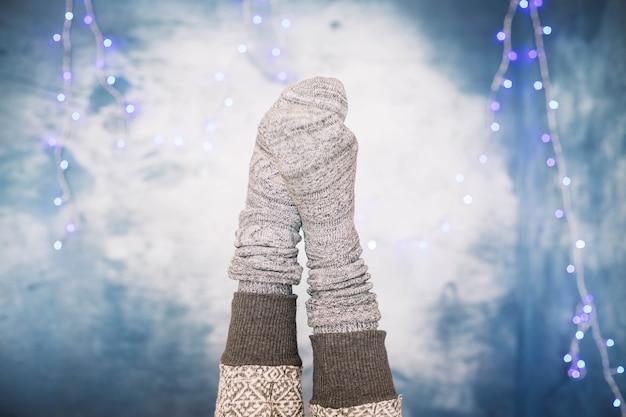 Chaussettes sur fond d'hiver