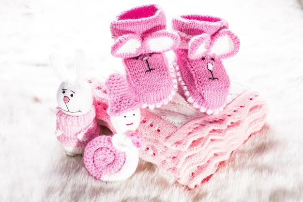Chaussons bébé tricotés