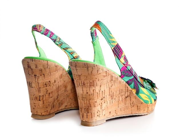 Chaussure femme à talon compensé