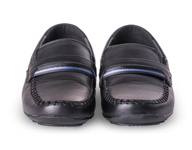Chaussures pour enfants mocassins isolés sur fond blanc