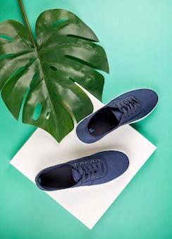 Chaussures de sport bleu marine
