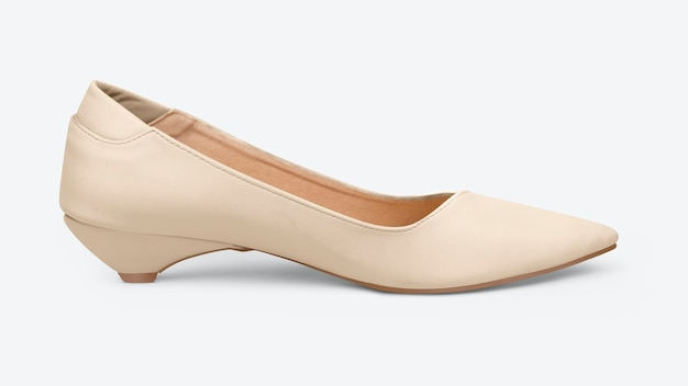 Chaussures à talons bas beiges pour femmes à la mode