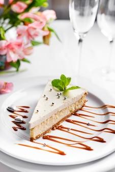 Cheesecake aux feuilles de menthe