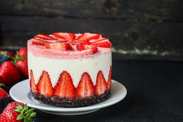 Cheesecake aux fraises gâteau sucré au mascarpone