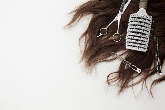 Cheveux naturels avec pinceau professionnel