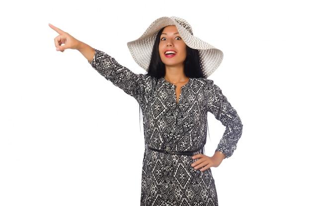 Cheveux noirs femme en robe longue grise isolé sur blanc
