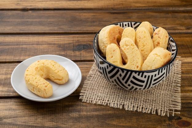 Chipas, pain au fromage sud-américain typique dans un bol