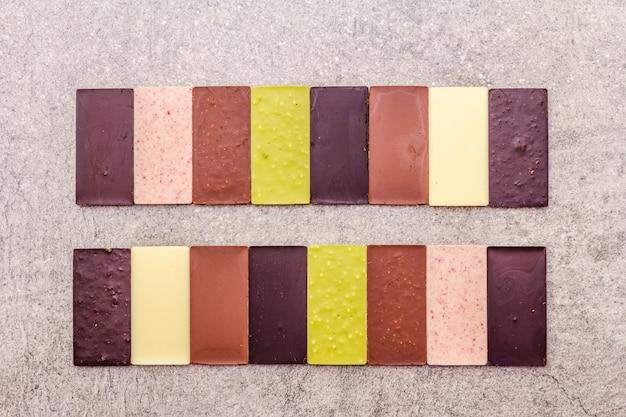 Chocolat assorti avec différentes teneurs en cacao