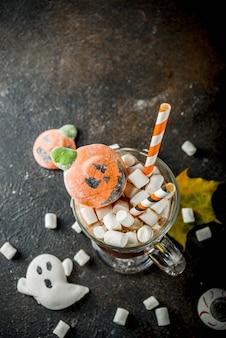 Chocolat chaud drôle d'halloween