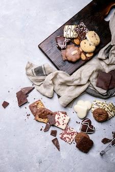 Chocolat noir et bonbons
