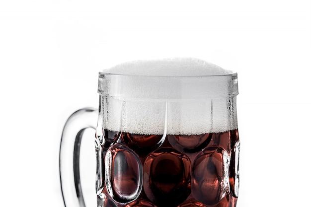Chope à bière traditionnelle en kvas