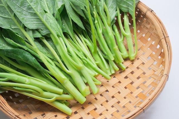 Chou chinois, légume frais, feuille verte