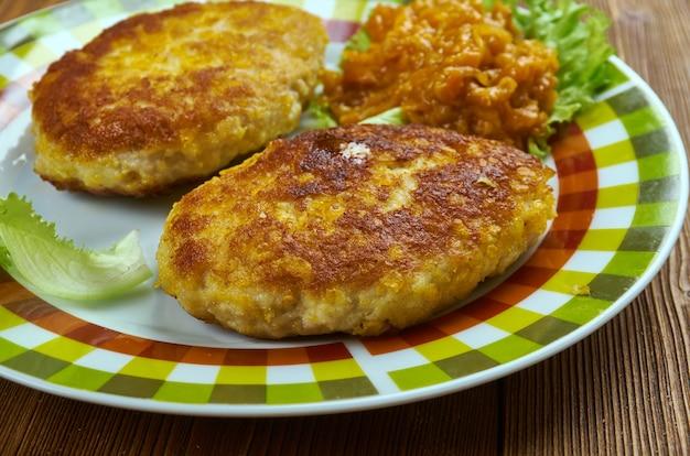 Chuleta valluna - côtelettes de porc panées colombiennes