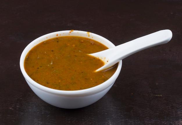 Chutney au curry indien