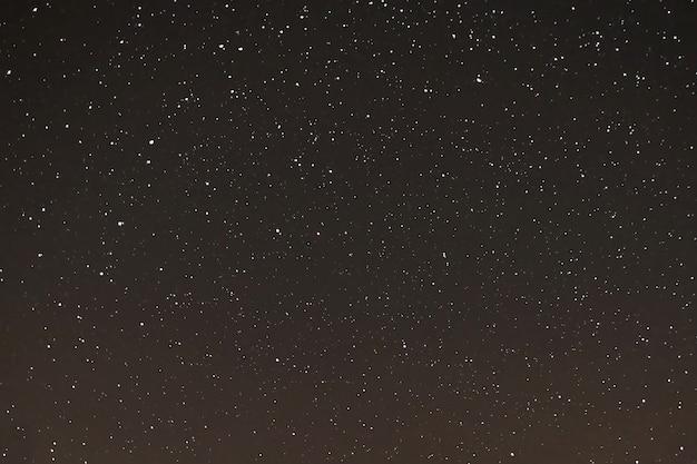 Ciel étoilé, les étoiles dans le ciel nocturne, les étoiles sur fond sombre