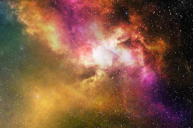 Ciel de nuit avec des étoiles et une nébuleuse