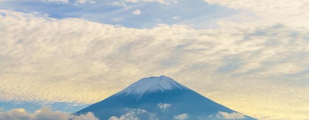 Ciel voyage au japon coucher de soleil matin