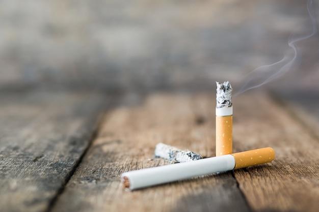 Cigarette nature morte