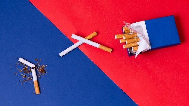 Cigarettes vue de dessus avec pack