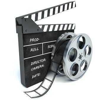 Cinéma clap et bobine de film sur fond blanc