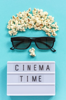 Cinéma plat poser avec clap