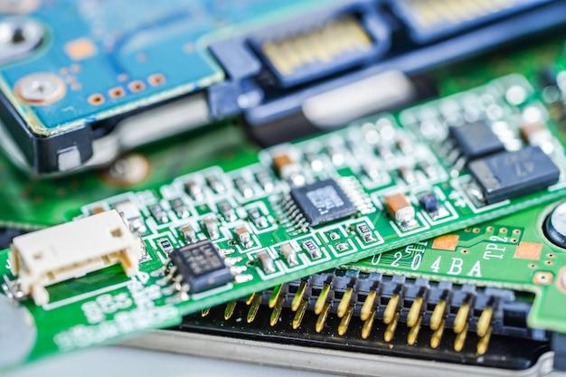 Circuit électronique de la carte principale du circuit informatique: concept de matériel et de technologie.