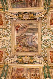 Cité du vatican, vatican - 22 juin 2018 : fresque d'art au musée du vatican