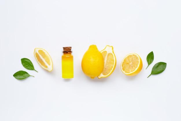 Citron frais à l'huile essentielle de citron blanc.