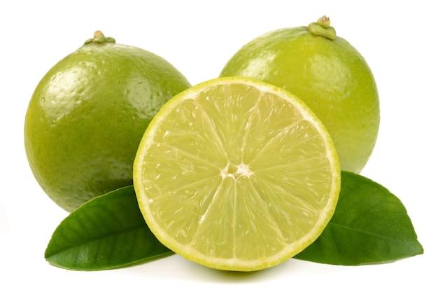 Citron vert sur blanc