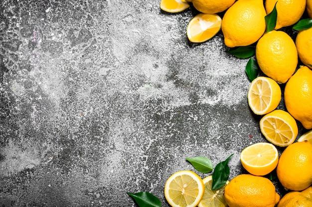 Citrons frais.