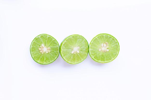 Citrons verts frais