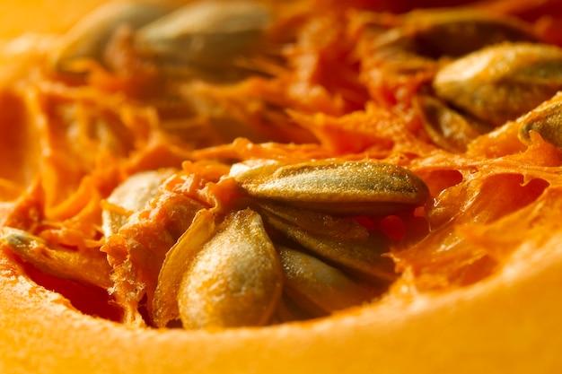 Citrouille gros plan avec graines